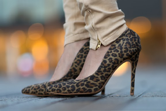 Pumps-panter-print Win! een outfit van Nelly.com