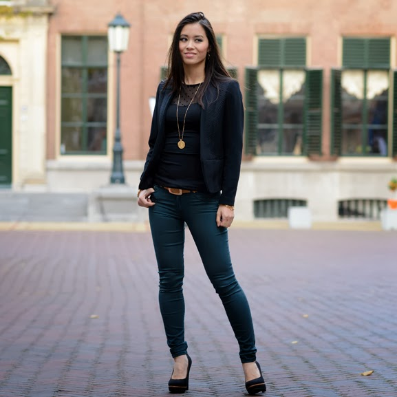 chique-office-black-petrol-look Outfit: the petrol skinny jeans