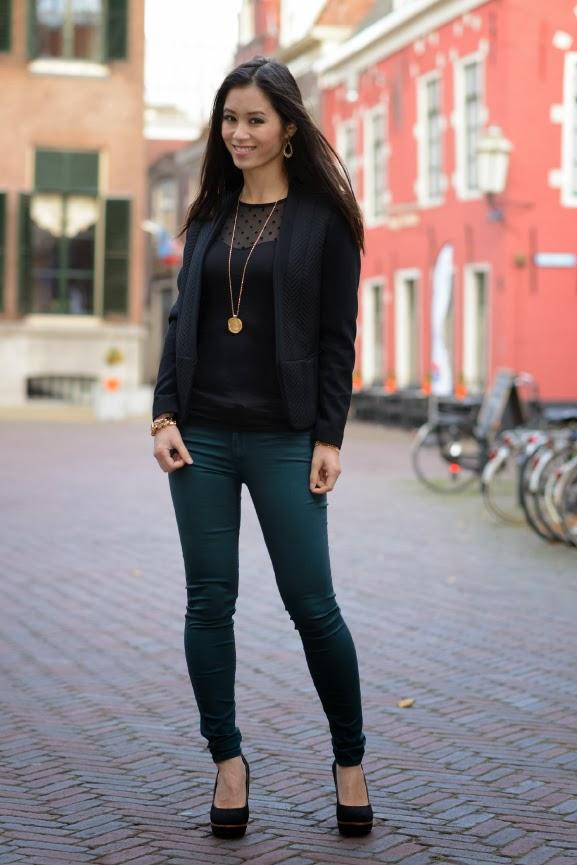 petrol-herfstlook Outfit: the petrol skinny jeans