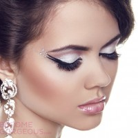 eyeliner christmas make up look
