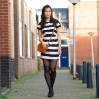1200px-outfit-black-stripe-dress