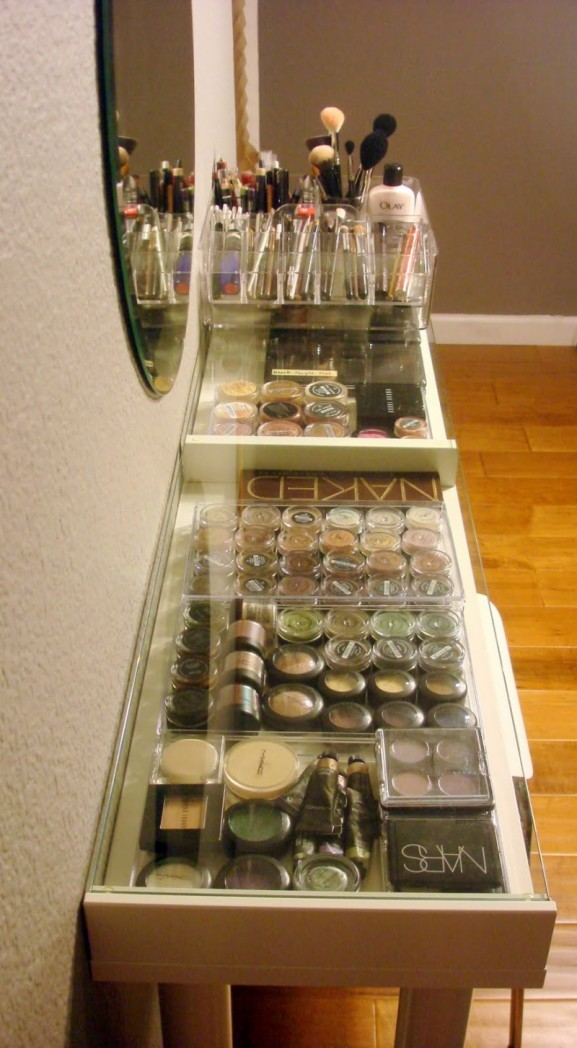 diy-ikea-makeup-vanity-4-577x1048 Inspiratie: make-up opbergen