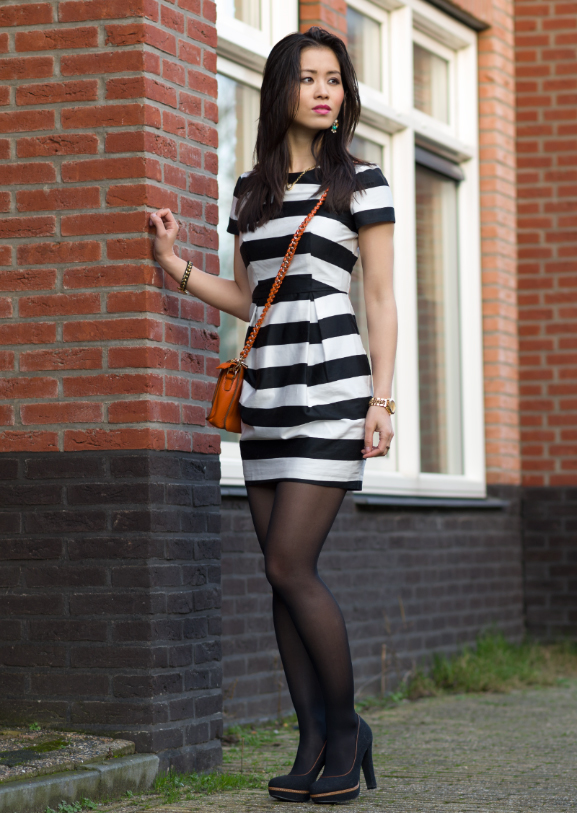 face-of-the-day-look-outfit-striped-dress Outfit: Satijnen streepjes jurk
