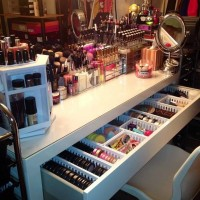 make up bureau stash