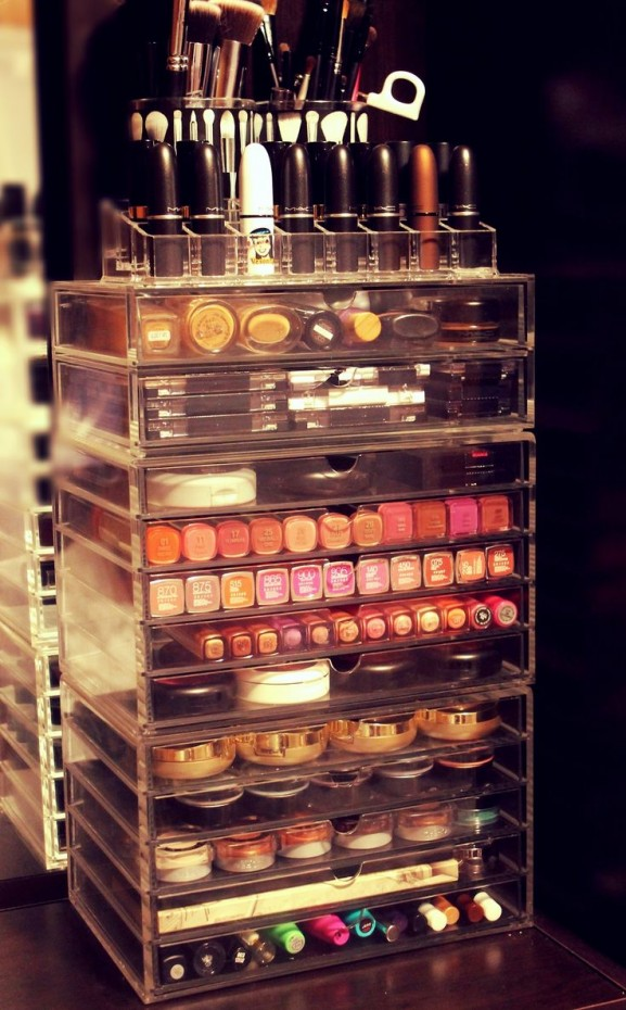 make up organizer look stash