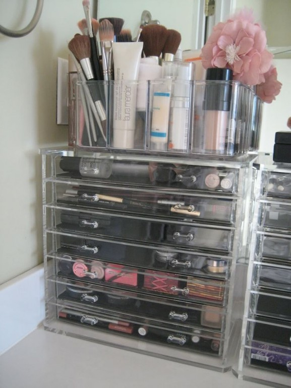 make up organizer style