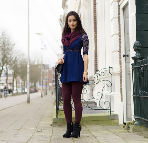 outfit-blauw-jurkje-met-burgundy-577x558 Outfit: Blauw jurkje met kant vs. Burgundy
