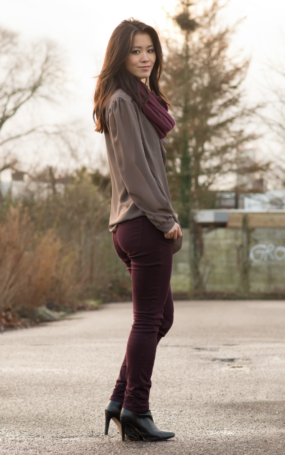 outfit paris2day burgundy look taupe blouse
