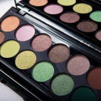 sleek-i-divine-garden-palette-200x200 Sleek MakeUp's Garden of Eden Palette