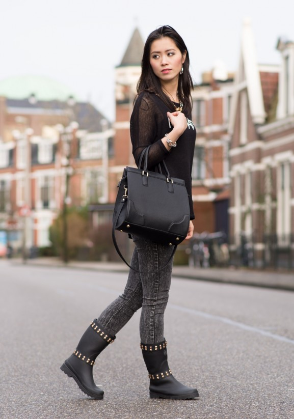 My-Huong-Manhatten-top-Fashionbootz-577x823 Outfit: Manhatten Biker Look