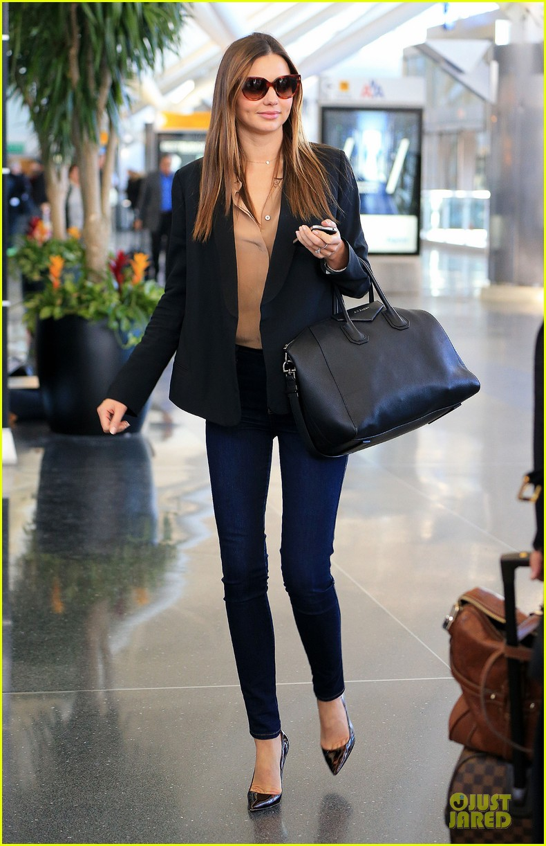 15x Miranda Kerr Streetstyle Outfits The Beauty Musthaves