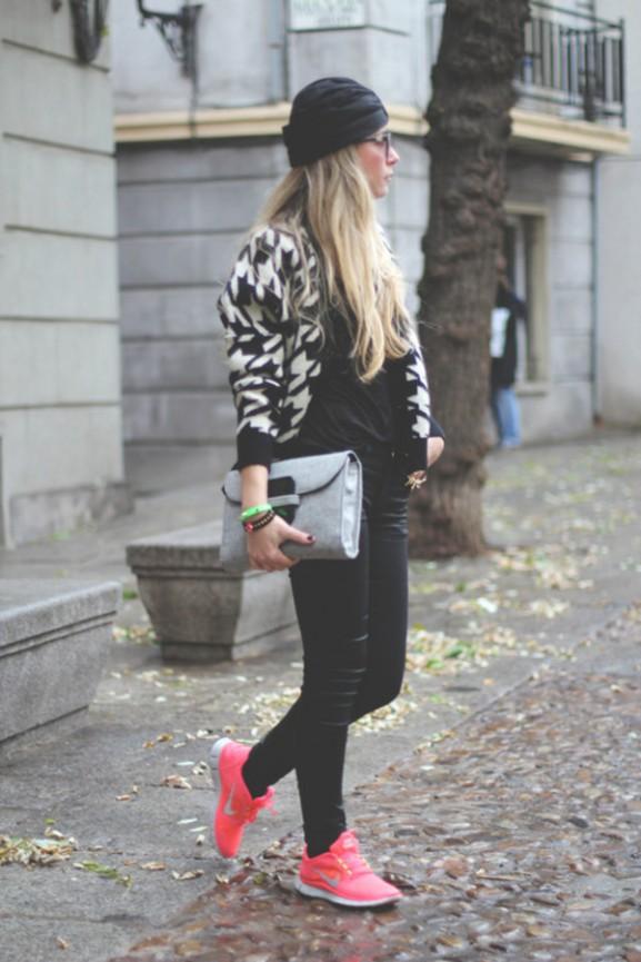 nike-free-run-koraal-roze-577x865 10x outfit inspirations Nike Free Run