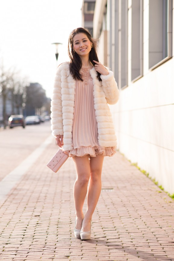 My-Huong-SheinSide-dress-outfit-faux-fur