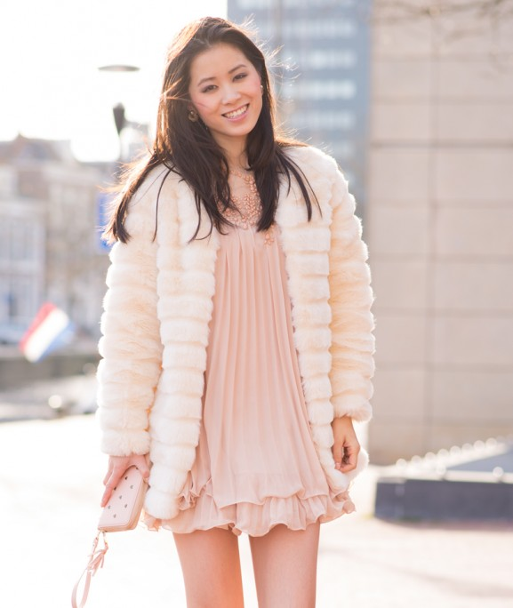 faux-fur-dress-floral-dress-pink-nude-tinten