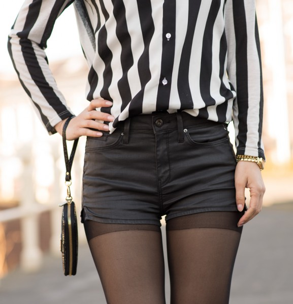 outfit-details-striped-blouse-black