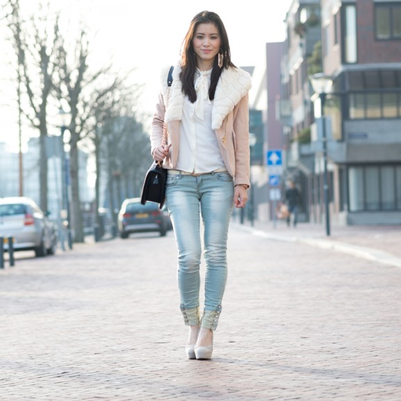spring-city-look-sheinside-coat-outerwear-jeans-paris2day-577x577 Outfit: Faux Fur City Jack