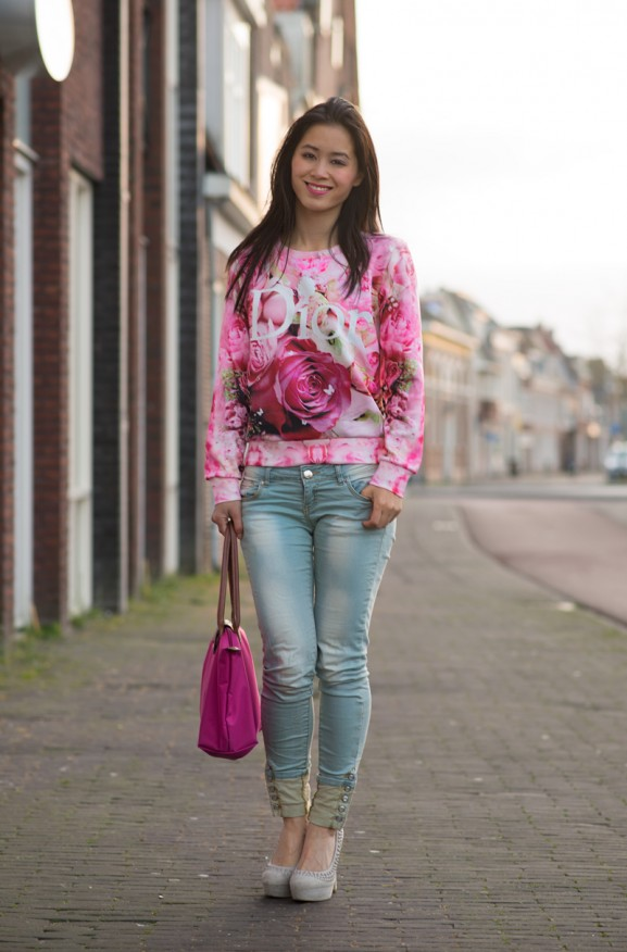 DIOR-Trui-sweater-outfit-Jeans-Longchamp-577x876 Outfit: Dior Sweater