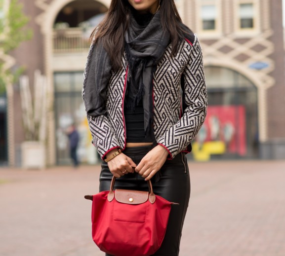 My-Huong-outfit-look-longchamp-red