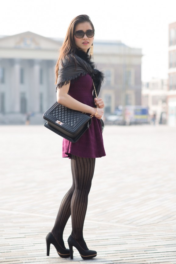 my-huong-Outfit-Chanel-tas-burgundy-jurk