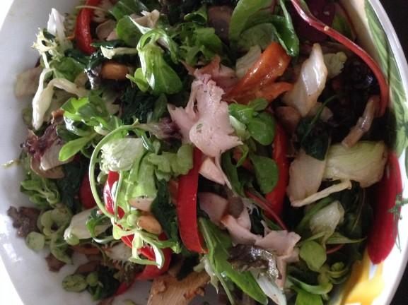 BEvrijdingsdag-eten-salade-577x432 Diary pic's: Koningsdag, Shoppen, Bowlen en Eten