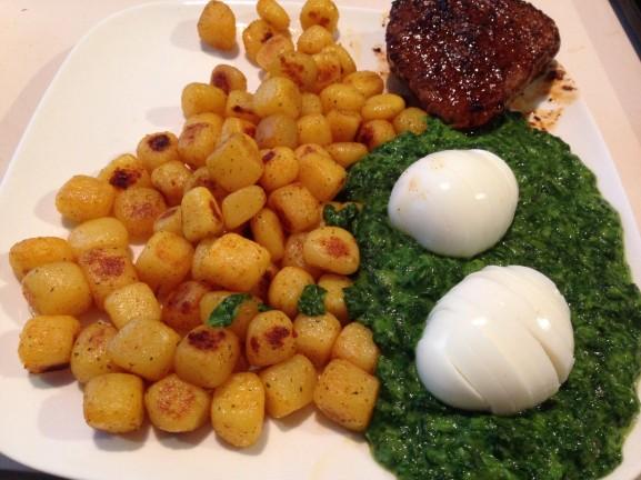 biefstuk-spinazie-ala-creme-577x432 Diary pic's: Koningsdag, Shoppen, Bowlen en Eten