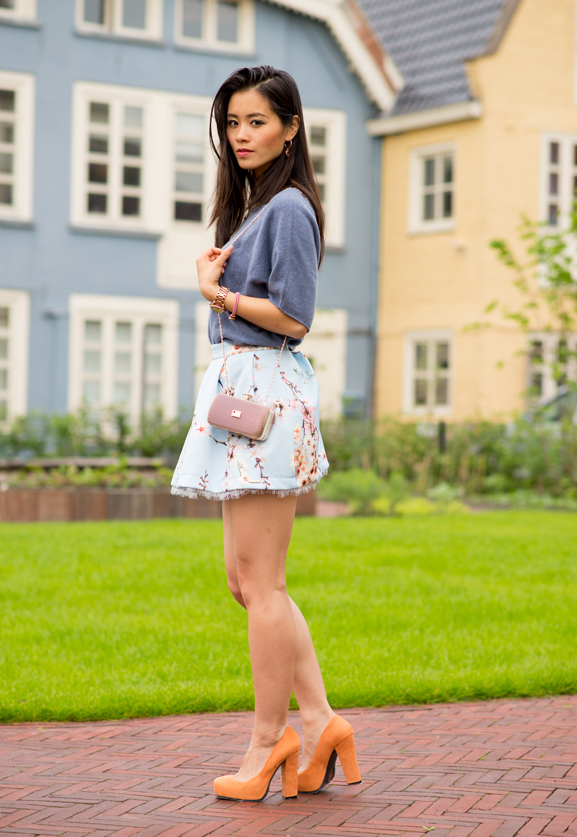 my-huong-look-face-peter-hahn-top-en-raniscimento-techno-skirt Outfit: Into the Blue's