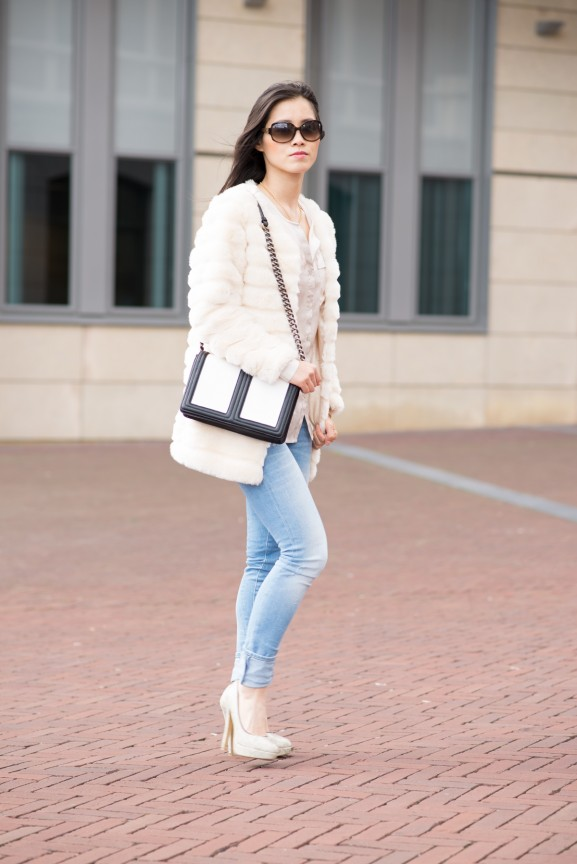outfit-look-faux-fur-my-huong-clutch