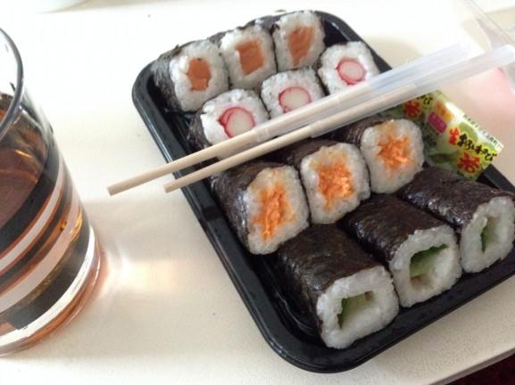 sushi--577x432 Diary pic's: Koningsdag, Shoppen, Bowlen en Eten