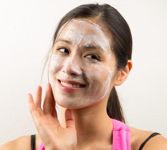 Masker-deep-moisturizing-masker-normale-en-droge-huid-review-my-huong