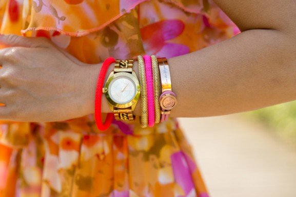 mi-moneda-Tov-essentials-colorfull-armcandy