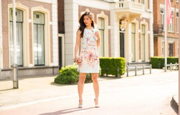 my-huong-reniscimento-jurk-moschino-clutch-nelly-shoes-mi-moneda-577x370 Outfit: Rinascimento bloemen jurkje