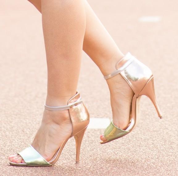 nelly-shoes-577x569 Outfit: Rinascimento bloemen jurkje