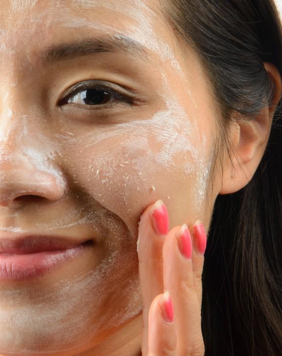 My-Huong-Masker-Le-wrap-exfolys-masker