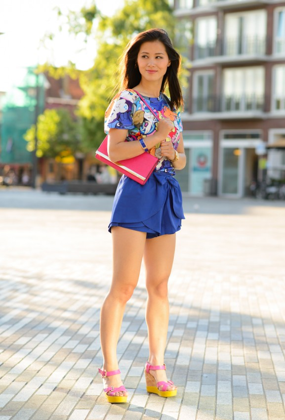 My-Huong-blue-pony-shirt-blue-short-577x850 Outfit: Kobalt blauw