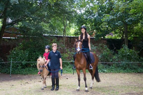 my-huong-horse-racing-577x384 Diary:  naar Engeland