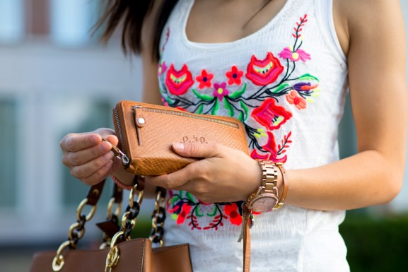Details-house-of-lou-By-Lou-lou-burs-jewels-Michael-Kors-577x385 Outfit: Coral Casual