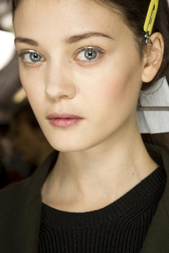 Metallic eyeliner nud skin Christian Dior
