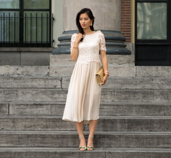 my-huong-vintage-dress-look-577x533 Outfit: Vintage maxi-dress