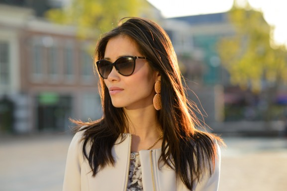 face-of-the-day-my-huong-versace-sunglasses-coat-taupe