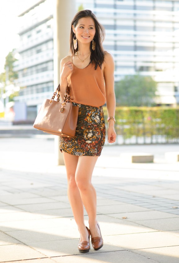 my-huong-chesnut-skirt-golden