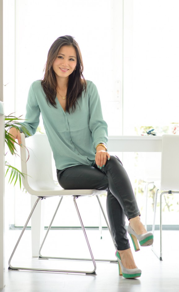 my-huong-lifestyle-pics-tamara-house-vleuten-pastel-green-577x940 Outfit: Mintgroene blouse