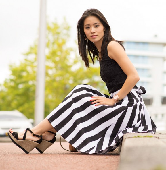 striped-skirt-outfit-look