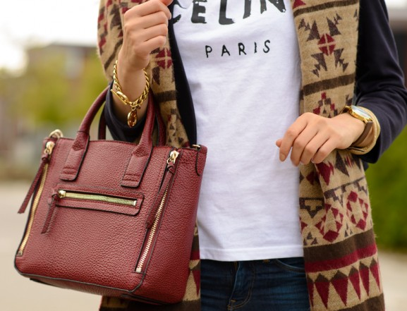 Mango-bordeaux-rood-aztec-tshirt-celine-paris-577x441 Outfit: Aztec sjaal en Celine Paris