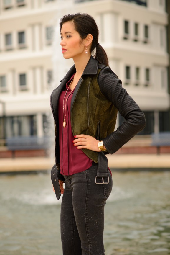 My-Huong-burgundy-look-biker-jack-red-mi-moneda-577x864 Outfit: Bordeaux blouse en laarsjes