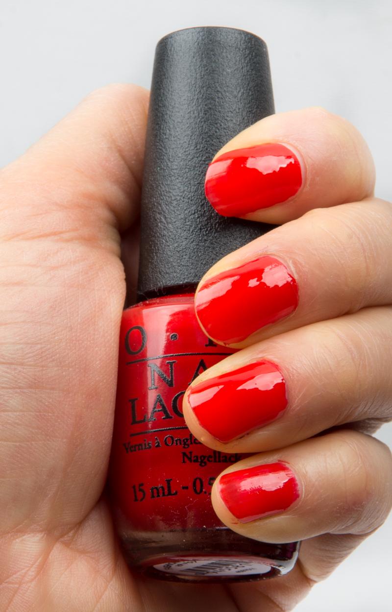 OPI-Fashion-a-bow-swatch