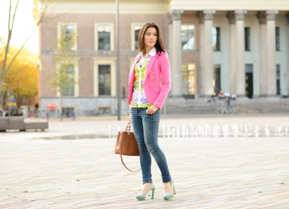 my-huong-jeans-geographic-splash-colour-pink