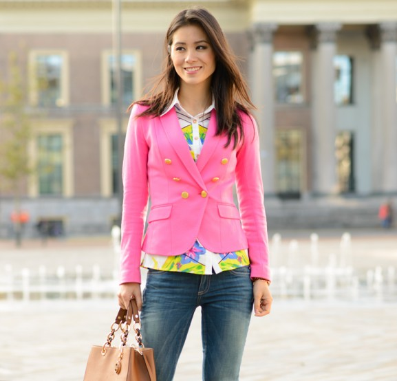 my-huong-outfit-blogger-pink-blazer-577x554 Outfit: Pink blazer & Geopgrahic blouse