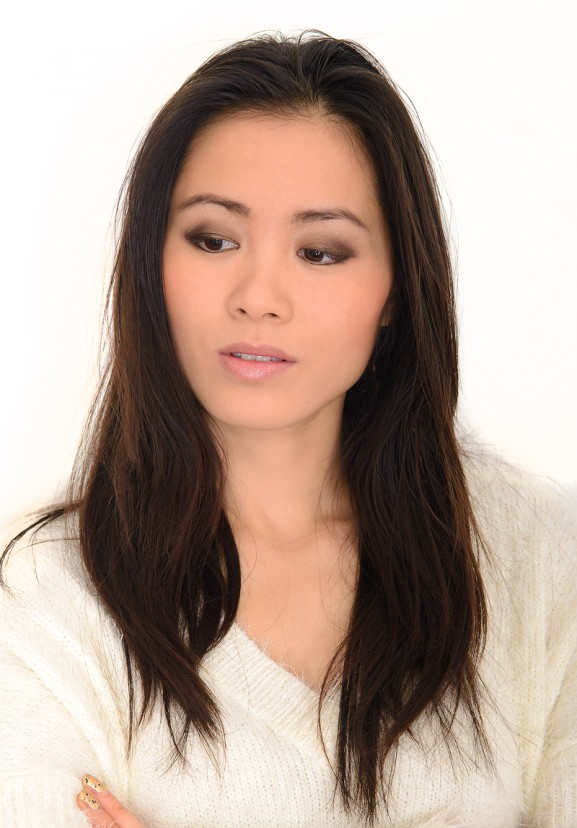 my-huong-bobbi-brown-natural-beauty-face-of-today