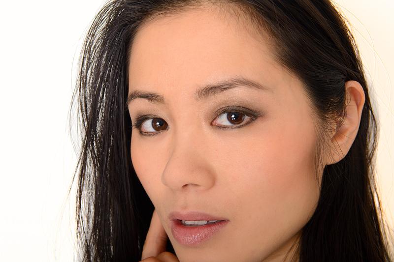 my-huong-makeup-look-bobbi-brown