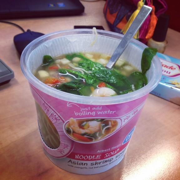 Noodles-soup-577x577 Diary: week 6 Verkleedpartijtjes, beauty pakketjes en AH XL plunderen